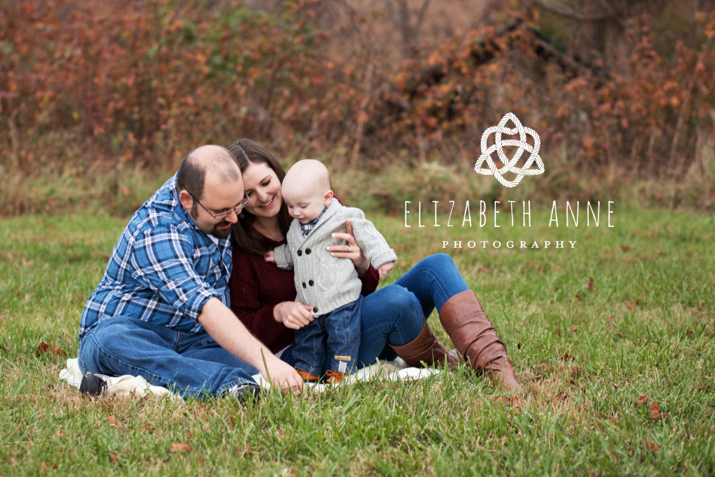 Mom Dad and Baby Boy | | Northern Virginia Family Photographer